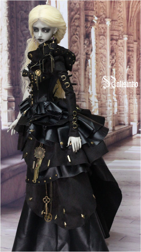 gothic_and_steampunk_1st_by_nalisinko-d5f33a4